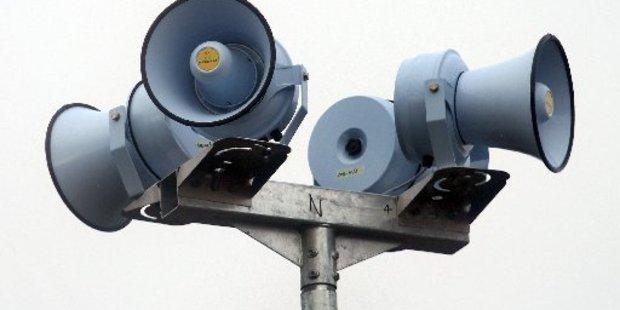 Tauranga residents share their views on tsunami warning sirens. Photo/file