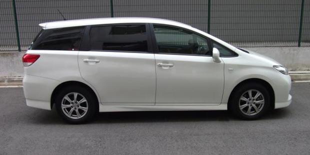 Police are calling for sightings of the Toyota Wish, similar to this one, in relation to the crash.