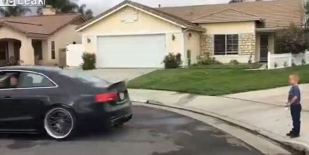 Loading Video shows the car taking off and pulling the tooth straight from the boy's mouth. Photo / Liveleak