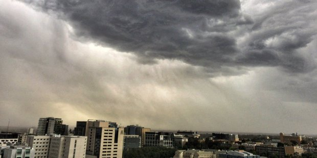 "An extremely rare and dangerous phenomenon called ""thunderstorm asthma"" saw Melbourne run out of ambulances for an entire hour yesterday. Photo / Matthew Wu, Twitter"