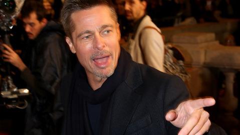 Brad Pitt dating a popular actress, Alleges his bodyguard