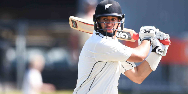 Ross Taylor will stay with the New Zealand squad for this week's second test against Pakistan. Photo/ Photosport