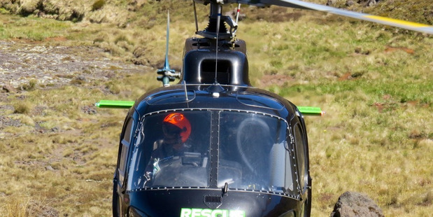 Chopper rescue Tongariro Crossing.