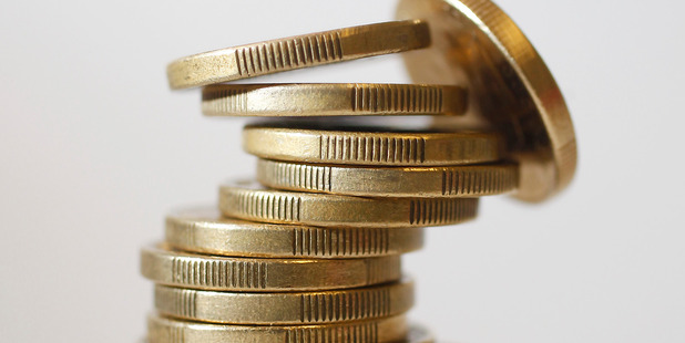 The kiwi dollar fell to 70.47 US cents as at 8am in Wellington from 70.78 cents late yesterday. Photo / File