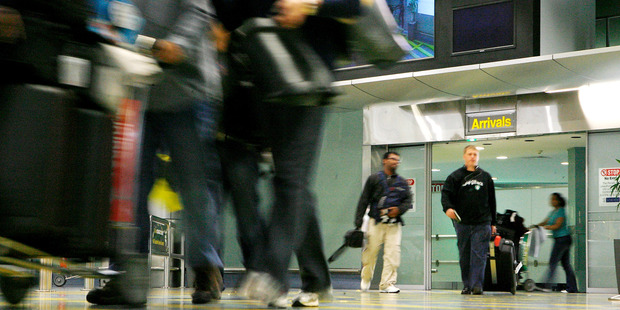 New Zealand's annual net gain of migrants hit another record high in October, rising to 70,300.