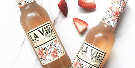 La Vie Spritzer Strawberry & Kaffir Lime