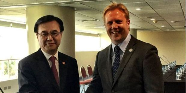 Trade Minister Todd McClay had talks with China's Minister Gao in Lima. Photo / Twitter