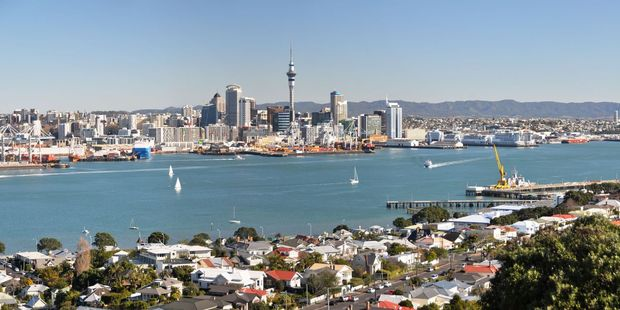 New figures show Auckland's housing market is cooling off as demand eases. Photo / 123rf