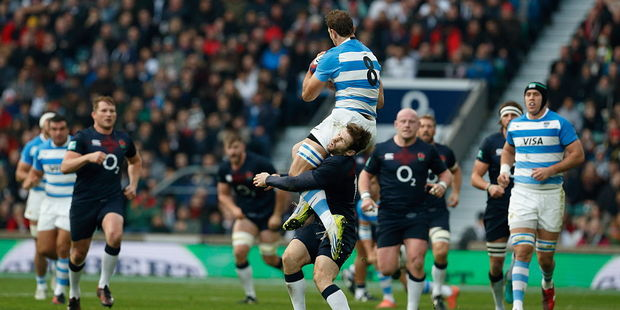 Fourteen-man England still too strong for Argentina