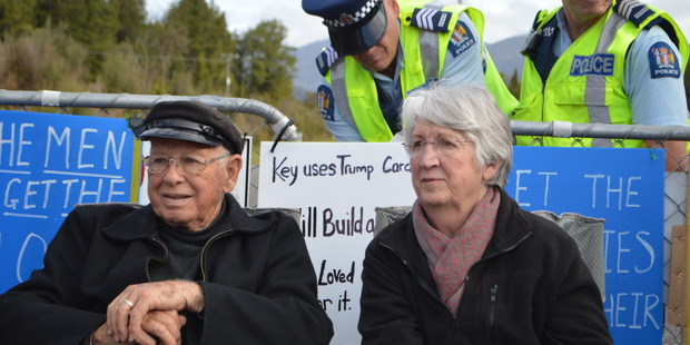 Acclaimed author Dame Fiona Kidman, with husband Ian, joined the Pike River Mine family members and supporters at the blockade on the mine access road this morning. Photo /Greymouth Star