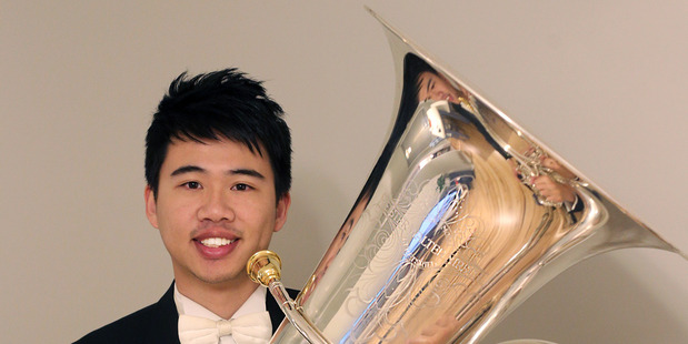 Featured soloist, Tak Chun Lai brings his international experience to the concert.