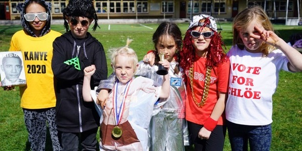Diaz Grimm enlisted the help of Leamington Primary School students for his latest video, Sinse 7.