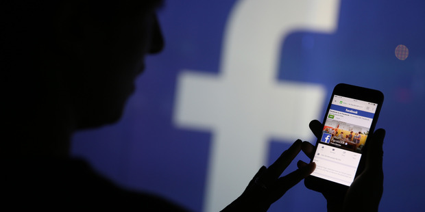 Constantly checking social media has a major impact on our rest, a major US study has found. Photo / Bloomberg