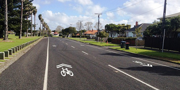New cycle lane markings called sharrows. They are part of a new trial being undertaken by Auckland Transport. Photo / Supplied by Auckland Transport