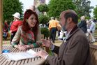 Jim Eagles, a past Travel editor, speaks with Katherine Higgins of Antiques Roadshow. Photo / Jim Eagles