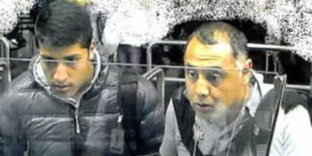 The two men wanted by police following a spate of bag thefts in Auckland. Photo/supplied