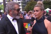 Mel Gibson not only dissed the reporter once, but then did it again when she tried to smooth it over.