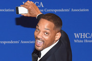 Will Smith took a selfie with the fan that gave him $10. Photo / Getty Images
