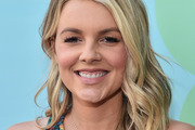 Ali Fedotowsky chose to appear on the Bachelor, losing her stock option in Facebook. Photo / Getty
