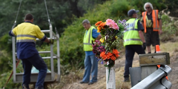 Bus crash tragedy: Teen remains in ICU