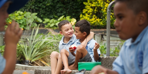 LUNCHTIME: Tui Stokes-Kaukau (left) enjoyed having lunch with his new friend Sherikhan Samuel, also 5.  PHOTOS/STEPHEN PARKER