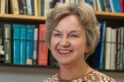 Historian Dame Claudia Orange plans to step down as head of research at Te Papa this month and take up a research fellowship.