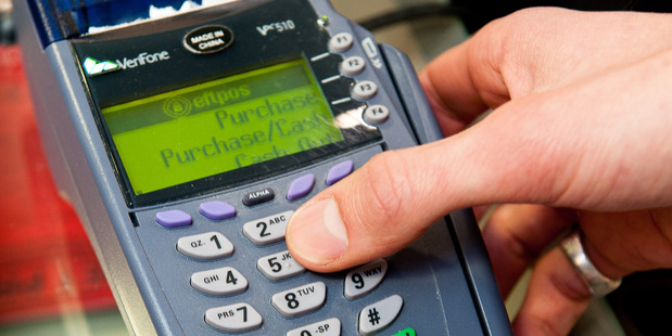 Eftpos went down across the country, leaving shoppers stranded. Photo / Getty images