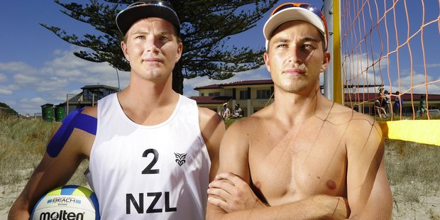 Sam O'Dea (left) and Ben O'Dea met in a tough match at the NZ Beach Volleyball Pro Tour stop in Hutt City.