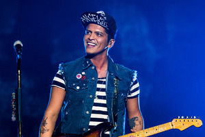 Bruno Mars to join Beyonce, Coldplay for Super Bowl halftime show