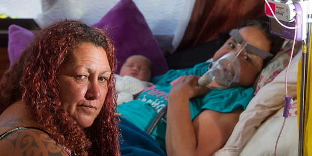 FAMILY: Rotha Angel (right) with her sister Angela Angel(left) and Rotha's new granddaughter. PHOTO/BEN FRASER