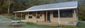 The Waitawheta Hut, in Kaimai Mamaku Forest Park, has 26 bunks.