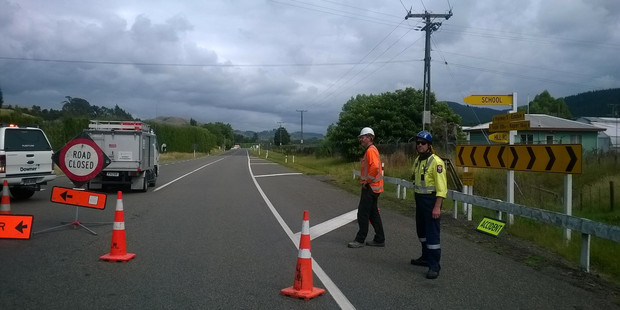 The Napier-Taupo Rd is closed after a serious crash. Photo / Duncan Brown, Hawke's Bay Today