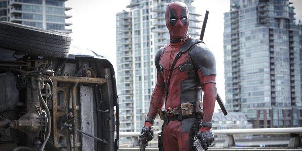 Ryan Reynolds stars in the movie Deadpool.