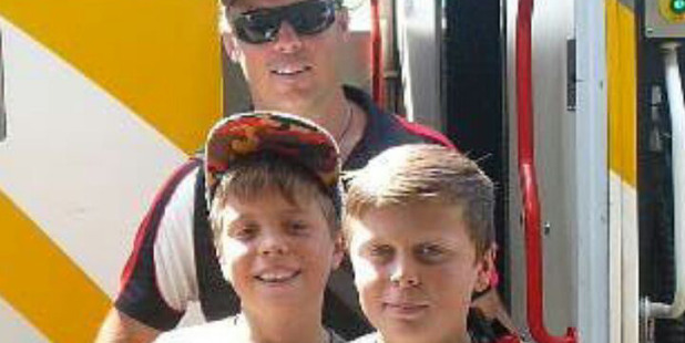 Finley (below left) and Archie Pitts-Brown suffered only minor bruising in the 2010 crash that left their father, Blair, with a head injury. Photo / Supplied