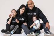 Jonah Lomu with wife Nadene and their two children Brayley and Dhyreille. Photo / Supplied