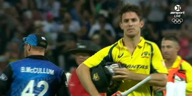 Mitchell Marsh leaves the pitch after being dismissed for 41. Image / Skysport