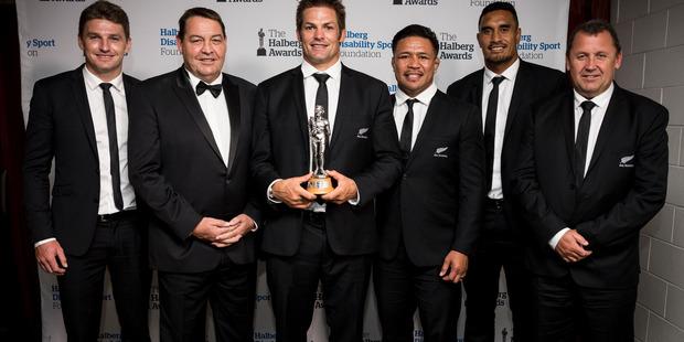 Team of the Year All Blacks Beadon Barrett, Steve Hansen, Richie McCaw, Kevin Mealamu, Jerome Kaino and Ian Foster. Photo / Dean Purcell