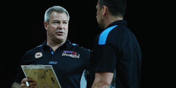 Breakers head coach Dean Vickerman talks with assistant coach Paul Henare. Photo / Getty Images