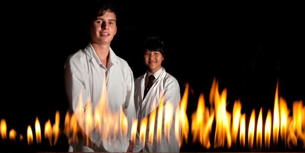 Eamon Walsh (left), 16, and Hyesu Lang, 17, both love science. Photo / Ben Fraser