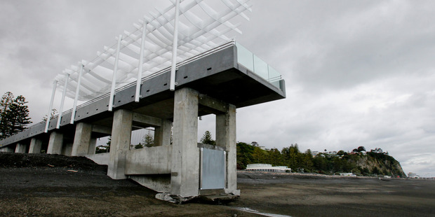 "DISPUTE: The New Zealand Taxpayers' Union has called the viewing platform a ""white elephant"". PHOTO/ Warren Buckland"