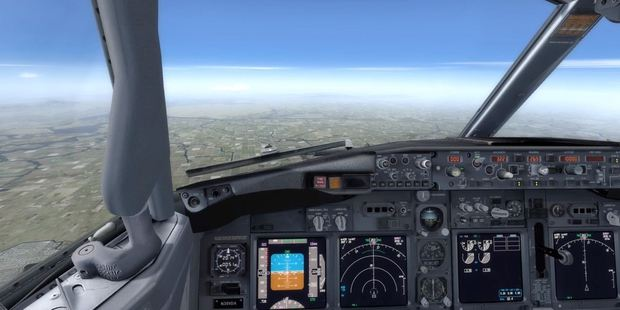Pilot Tim Morgan gives detailed instructions on how to handle a Boeing 737. Photo / YouTube