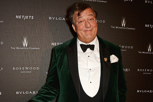 BAFTA host Stephen Fry hit out at critics on Twitter who labelled his 'bag lady' call offensive. Photo / Getty
