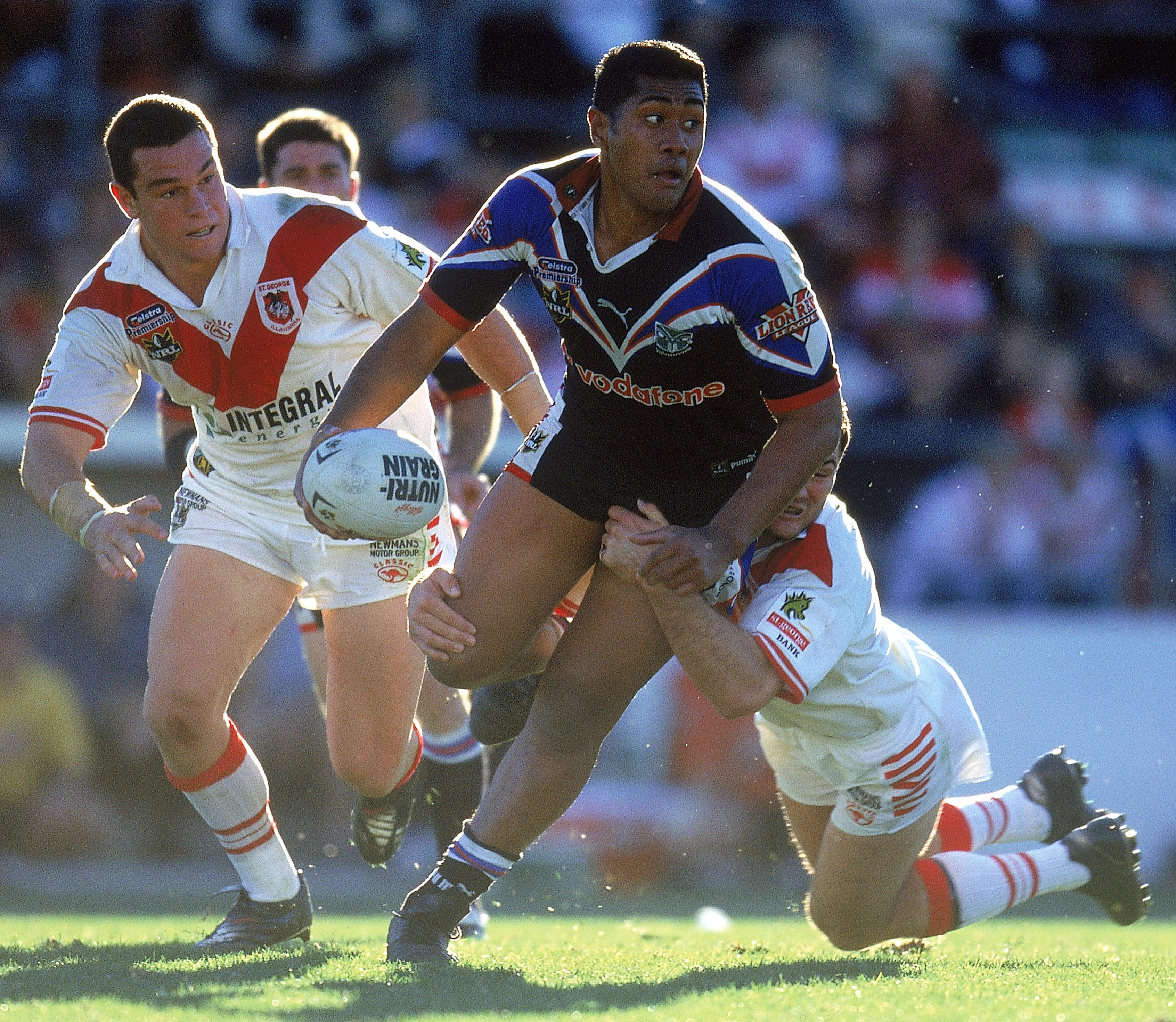 Ali Lauitiiti in action for the Warriors against the Dragons back in 2001. Photo/Getty.