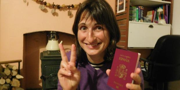 Spanish woman Montserrat Sureda, 33, realised just three hours before check in for her flight back to Europe that she'd left her passport on Tiritiri Matangi island.
