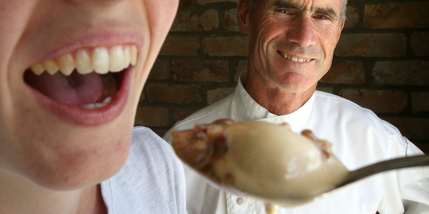 Sommerset Cottage chef, Rick Lowe, with his bacon and bourbon flavoured icecream. Photo/John Borren