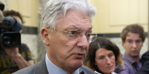 Associate Health Minister Peter Dunne believes a shift to treat drug and alcohol abuse as a health issues is warranted. Photo / Mark Mitchell
