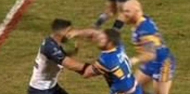 North Queensland prop James Tamou was on the wrong end of a strong straight right-hand from Leeds front-rower Mitch Garbutt in Monday's World Club Challenge. Photo / Twitter.