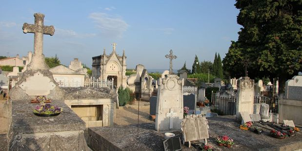 Overview of an old cemetery in aubignan, france. Photo / 123rf