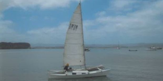 Alan Langdon and his 6-year-old daughter Que set sail on this vessel.