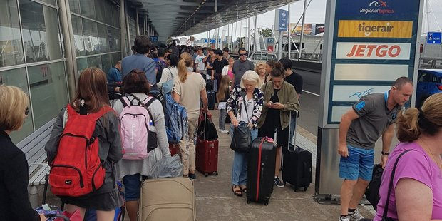 There were huge check-in delays for Virgin Australia in Sydney this morning. Photo / Maldine2000 Twitter
